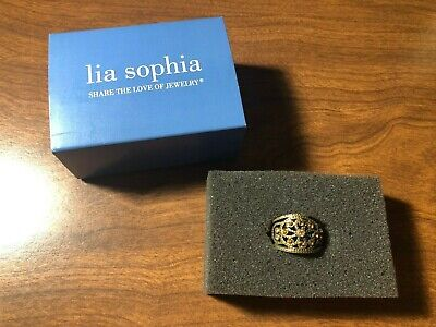 Lia Sophia RING Antiqued Gold Tone / Brass / Bronze w/ Floral Pattern Size 6.5