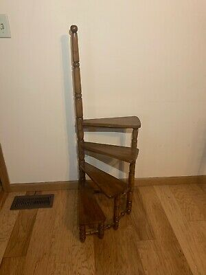 English Design Library Spiral Step Ladder with Four Stairs