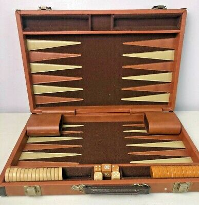 BACKGAMMON Vintage Complete Set. Case and Board No Game Instructions VERY NICE