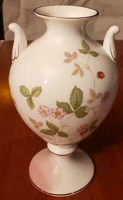 Wedgwood Wild Strawberry Urn Vase Excellent Condition 8.5 inches Tall