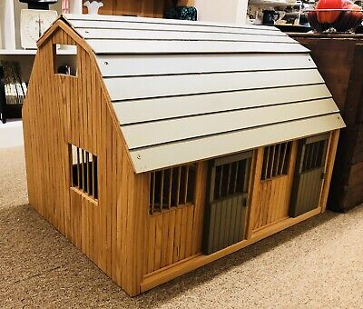 LOCAL P/U ONLY DELAWARE Breyer Horse Wood Stable Barn Farm Doll House Toy