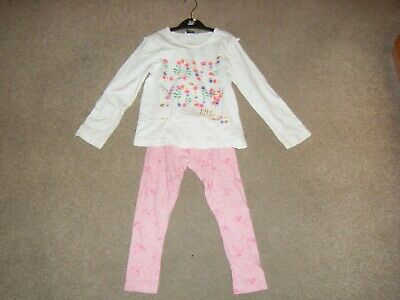 Girls  Ivory Long Sleeved Pyjamas Age 4-5 Years from George