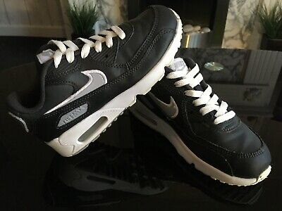 Boys Or Girls Nike Air Max Trainers Size Uk 1