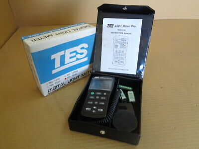 TES TES-1339 Digital Light Meter