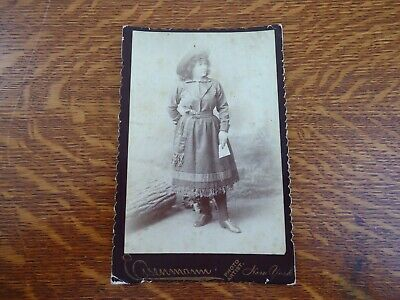 Antique Cabinet Card EISENMANN Photo TRICK SHOOTER WITH PISTOL - LILLIAN SMITH?