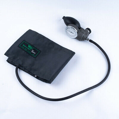 Welch Allyn Tycos - ADULT Sphygmomanometer Blood Pressure Cuff 41.7 cm Max Size