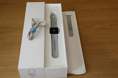 Apple Watch Series 3 38mm Silver Aluminium Case with Fog Band GPS read #15