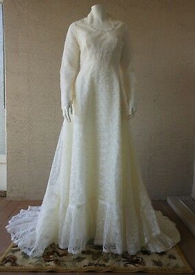 Vintage Chantilly Lace Wedding Dress Gown Size 6 - 8 Long Sleeve Empire Waist
