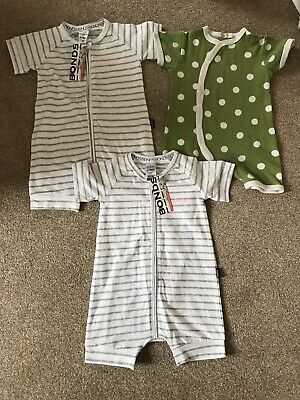 2 New Bonds Zip Romper Wondersuit 6-12 Months And Organics For Kids Spotted