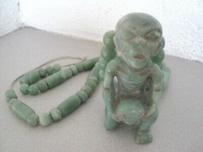 Pre-columbian Jade Necklace XL size with alien pendant ooparts found in Mexico