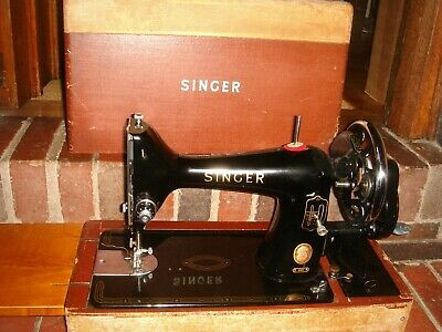 antique 1950s singer sewing machine 99k with case hand operated crank working