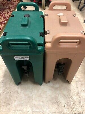 Two Cambro Beverage Servers Tan And Green Hot Or Cold 2.5 Gallon
