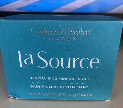Crabtree & Evelyn La Source Revitalizing Mineral Bath Soak 8.8 Oz