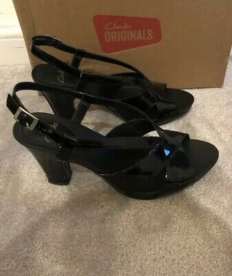 Ladies Heels Size 7 Clarks Black Patent Leather