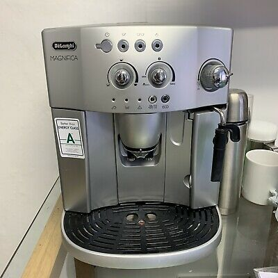 DeLonghi ESAM 4200.S Coffee And Espresso Maker