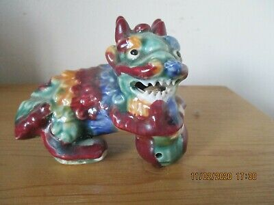 Vintage ceramic Chinese Foo Dog Lion Temple Guardian figurine / incense burner