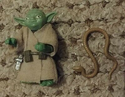 Star Wars Vintage Yoda Action Figure (1980) with Belt and Brown Snake