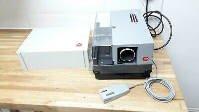 Leitz Slide Projector Pradovit 250 Colour Autofocus Lens & Remote Mint Condition