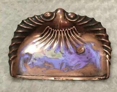 Arts and Crafts period copper dustpan crumb tray J.S&S