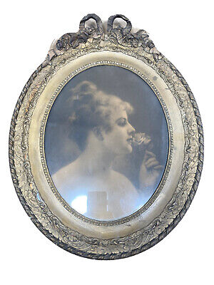 Antique French Bow Leaves Gesso Wood Oval Victorian Girl Rose Picture Frame Gilt