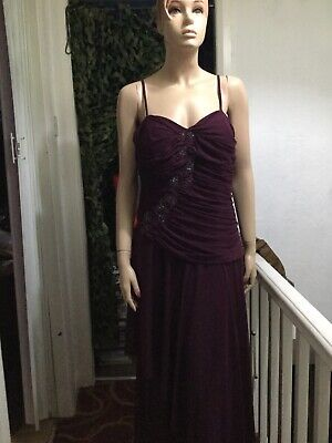 BNWTags Gina Bacconi Size 18 Burgandy,sequin design , party dress.