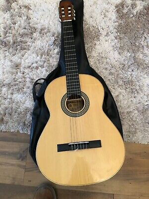 Full Size 6 Strung Acoustic Guitar With Case