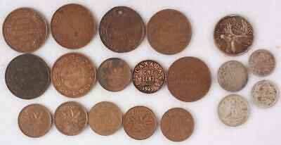 LOT: 19 Canada   1 cent Copper, 5 cent Silver, 25 cent Silver 1911 to 1940