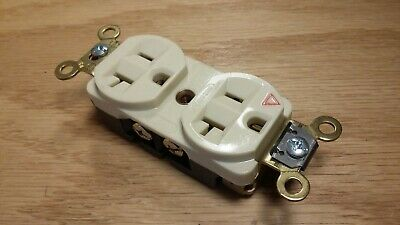 Hubbell IG5362I Isolated Ground Duplex Receptacle Outlet - Ivory 20A 125V