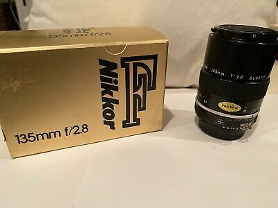 Nikon Nikkor F 135mm F/2.8 869977 Camera Lens Made In Japan Beautiful Condition