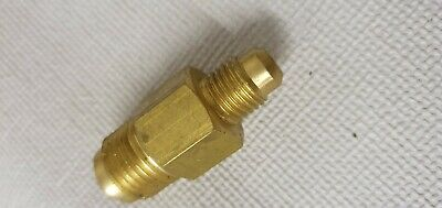 "A/C Brass Fitting Adaptor 1/4"" Male To 3/8"" Male 4R2-64 K-Wig 05108015001"