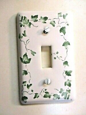 Yield House Taiwan Green Ivy On White Porcelain Outlet Wall Cover Plate Vintage