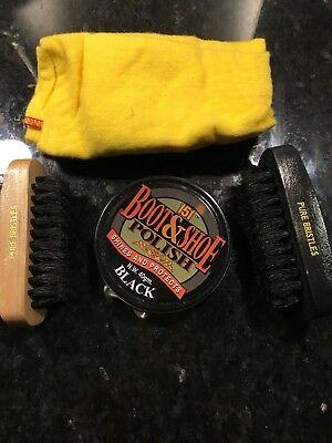 Travel Shoe Polish And Brushes Set