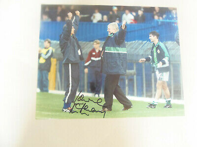 10 x 8  hand signed LAWRIE McMENEMY- AFTAL  - undedicated
