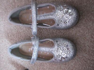 Girls silver party shoes size 9 in excellent condition never worn outside