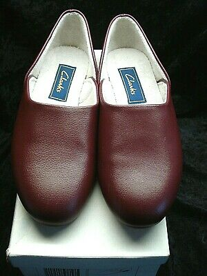 Vintage Leather Wine Colour  Footwear Clarks  Slippers  Size 7  Boxed