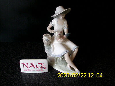Nao By Lladro Girl With A Chicken On Her Lap 24cm Height