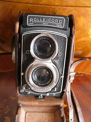 Rolleicord Camera with Case and Manual
