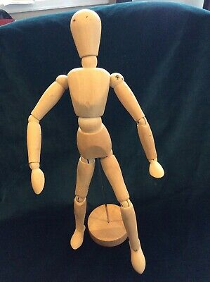 Movable Human Figurine For Drawing