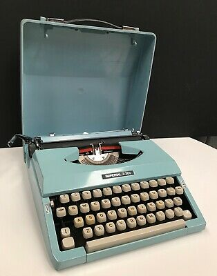 Working VINTAGE IMPERIAL 200 PORTABLE TYPEWRITER CASE MADE JAPAN DUCK EGG BLUE