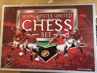 Manchester United Champions Chess Set Boxed Official Merchandise 1968 v 1999 New
