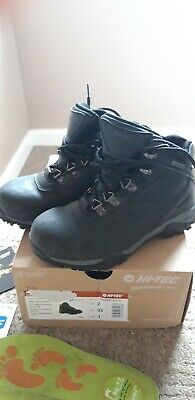 HiTec  walking boots Size 1 used in very  good condition