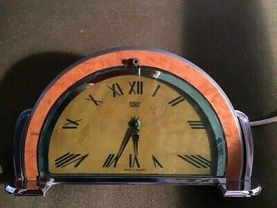 Smiths Sectric Art Deco mantle clock, wood veneer and chrome in bakerlite case