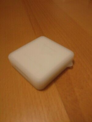 Small white memory card case (EXCELLENT CONDITION)