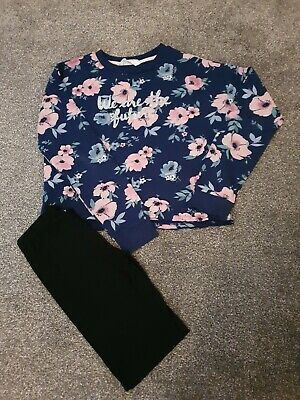 Age 13 Years Cropped Jumper And Leggings Ex Condition