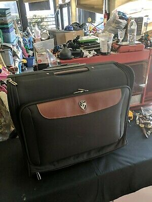 Heys Travel Rolling Carry Luggage Suit Case Suit Gown Dress
