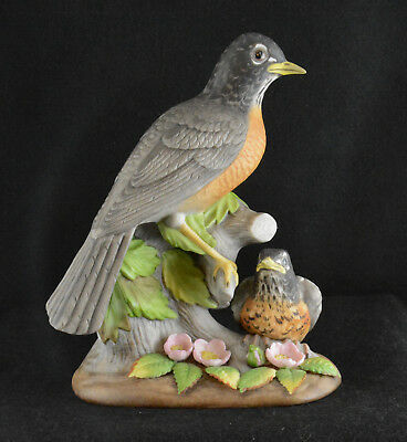 "Holland Mold Ceramic Robin & Fledging (8 1/4"" Tall)"