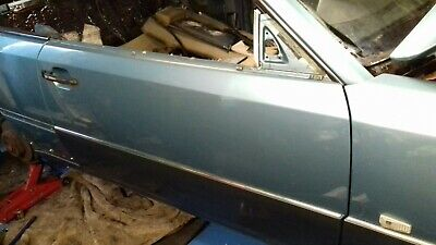 GENUINE MERCEDES W124 right FRONT DOOR COUPE driver SIDE, off Side