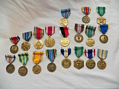 Large Mixed Lot of WW2 To Present US Army Accommodation  Metal Pins