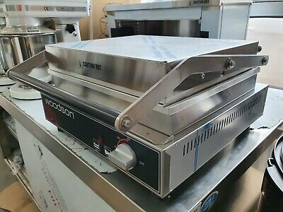 Woodson Contact Grill 4-6 Slice Capacity