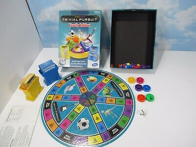 Trivial Pursuit Family Edition Board Game Complete Made In The USA EUC